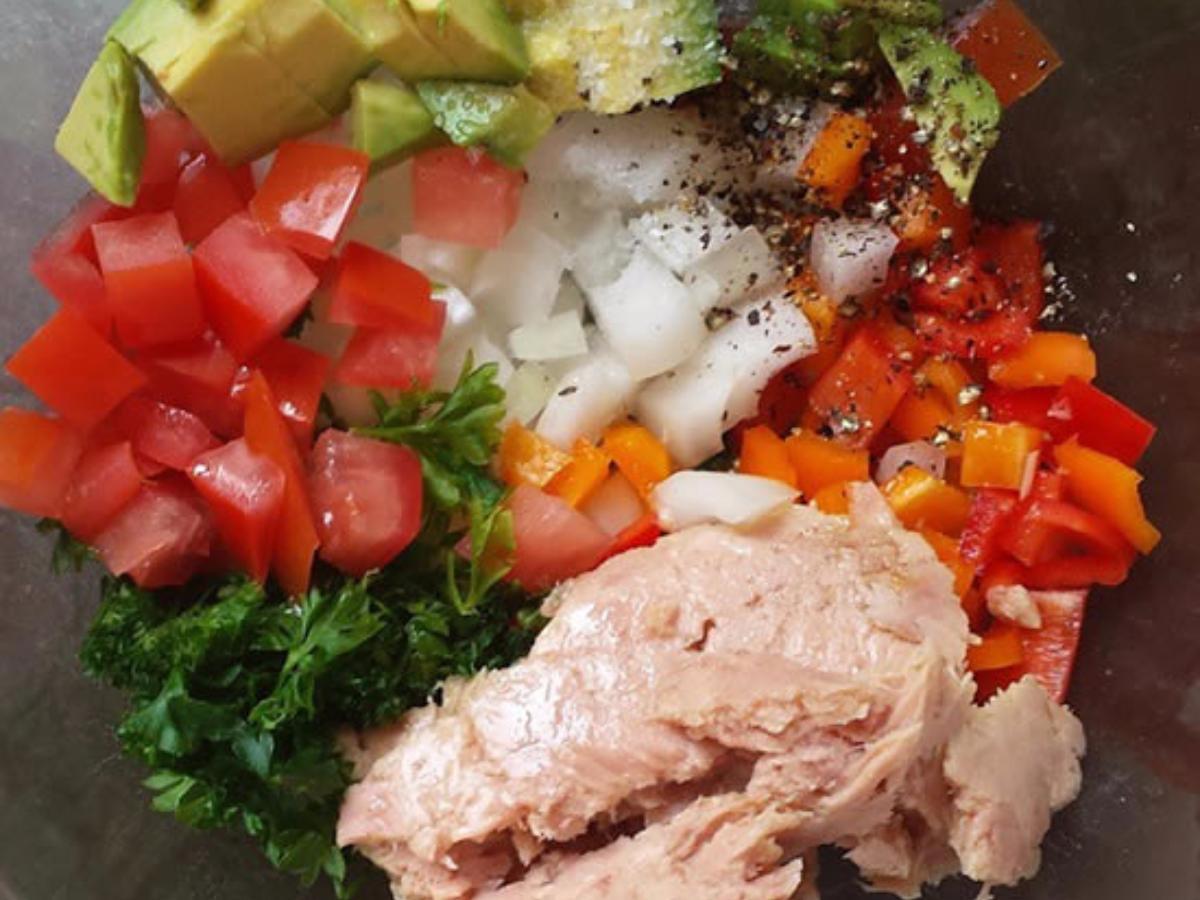Avocado and Tomato Tuna Salad Healthy Recipe
