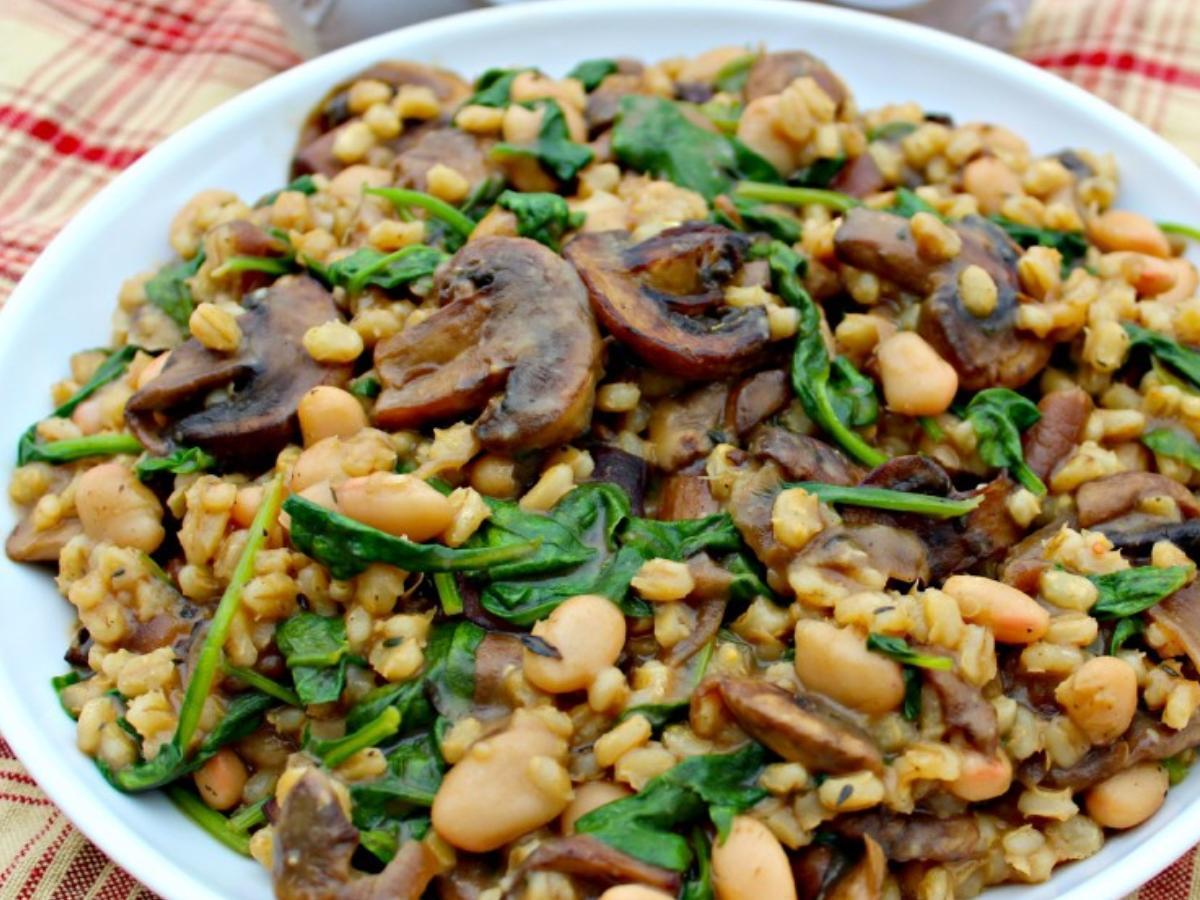 Barley, Spinach, and Mushrooms Healthy Recipe