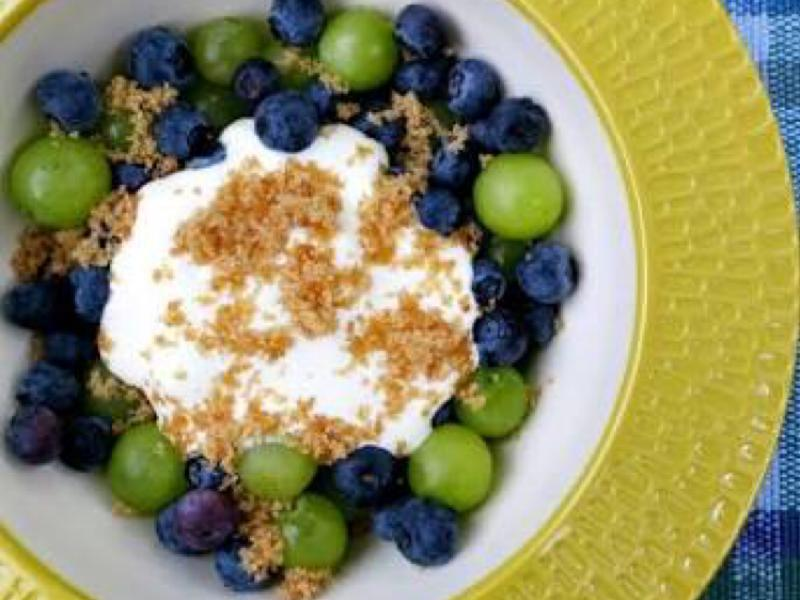 Blueberry & Grapes with Brown Sugar Cream Healthy Recipe