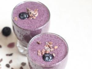 Blueberry & Raw Cacao Smoothie Healthy Recipe
