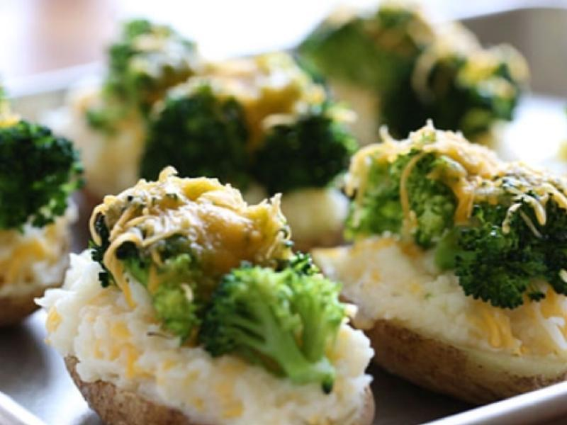 Broccoli Stuffed Baked Potato Healthy Recipe