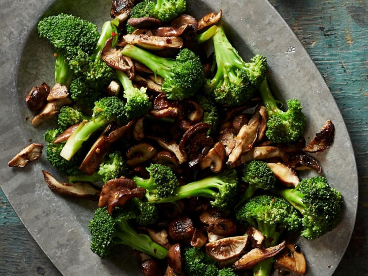 Broccoli with Balsamic Mushrooms Healthy Recipe