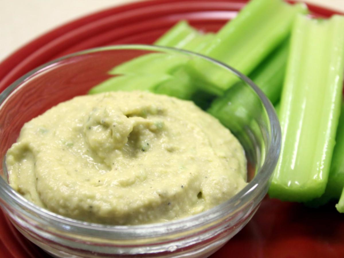 Celery & Hummus Healthy Recipe