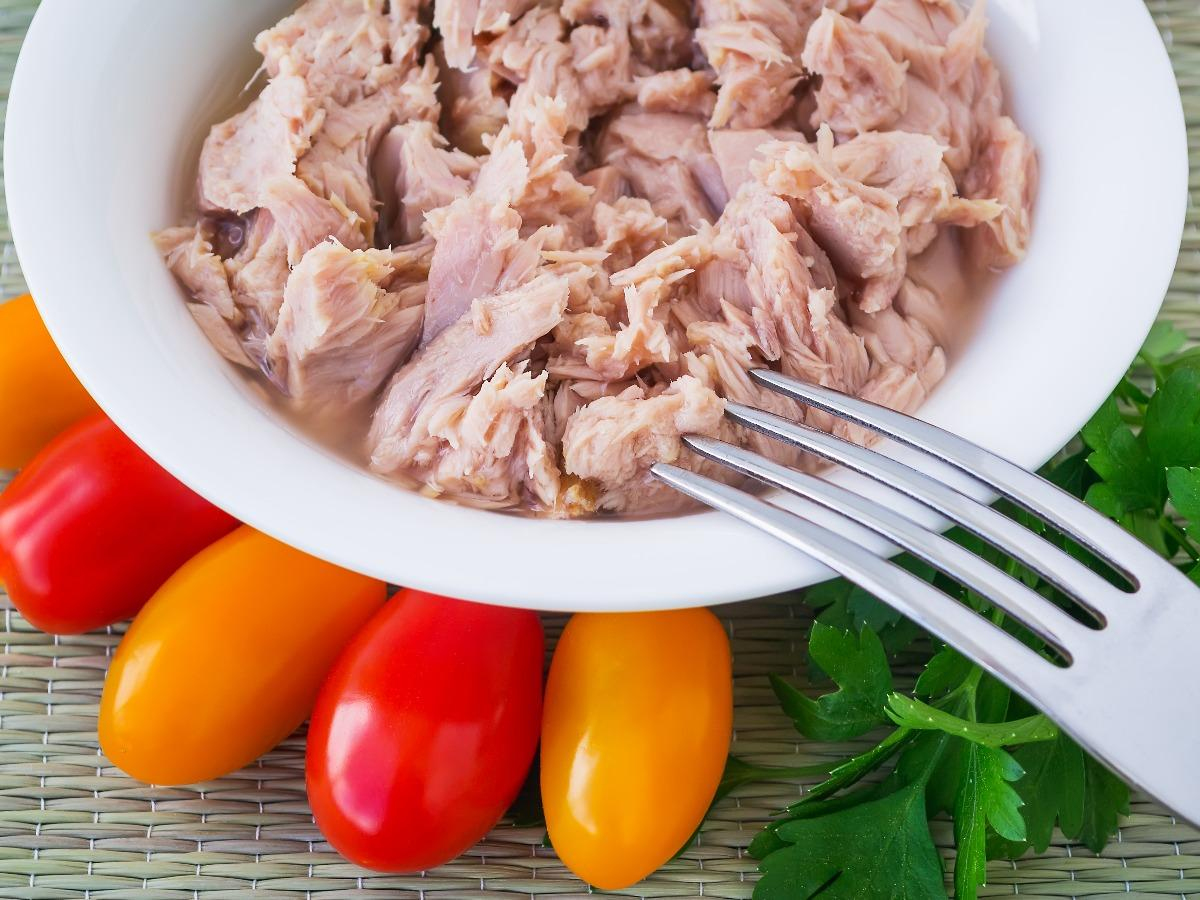 Cherry Tomato, Dill, and Tuna Salad  Healthy Recipe