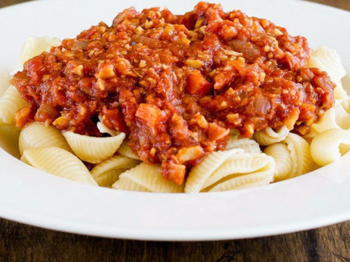 "Chickpea ""Meat"" and Pasta Healthy Recipe"