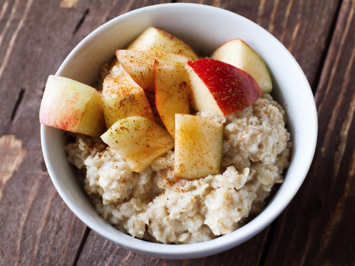 Cinnamon Apple Oatmeal Healthy Recipe