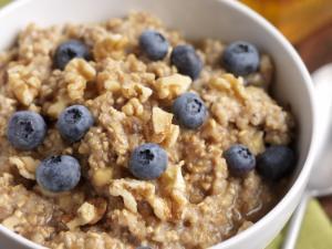 Cinnamon Blueberry Oatmeal Healthy Recipe