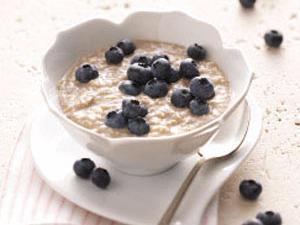 Cinnamon Porridge with Blueberries and Coconut Yogurt Healthy Recipe