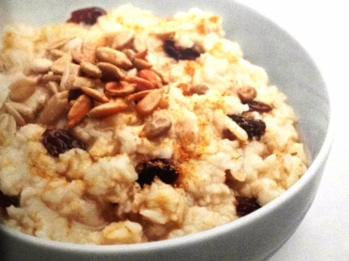Cinnamon Raisin Protein Oatmeal Healthy Recipe
