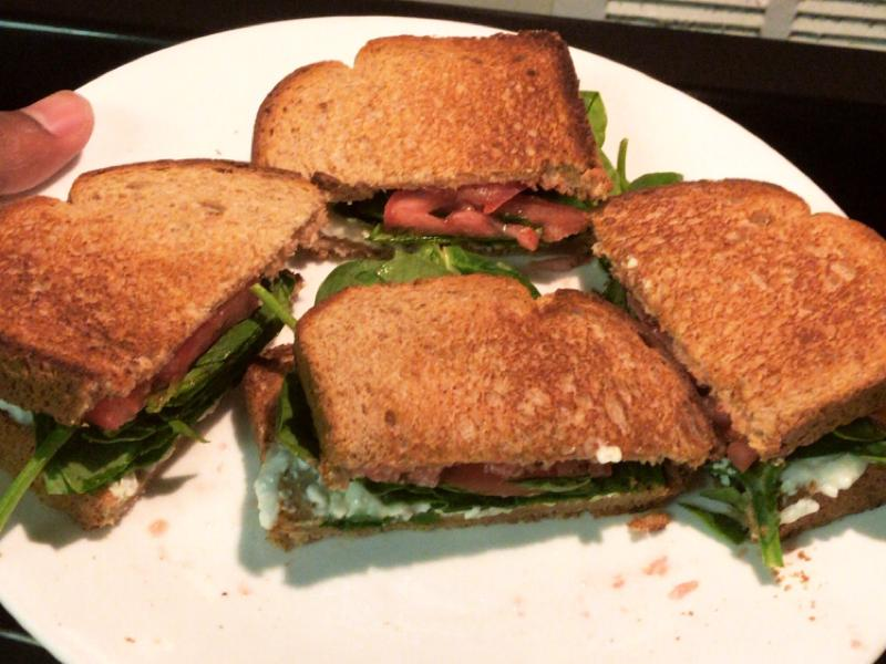 Cottage Cheese and Spinach Sandwich Healthy Recipe