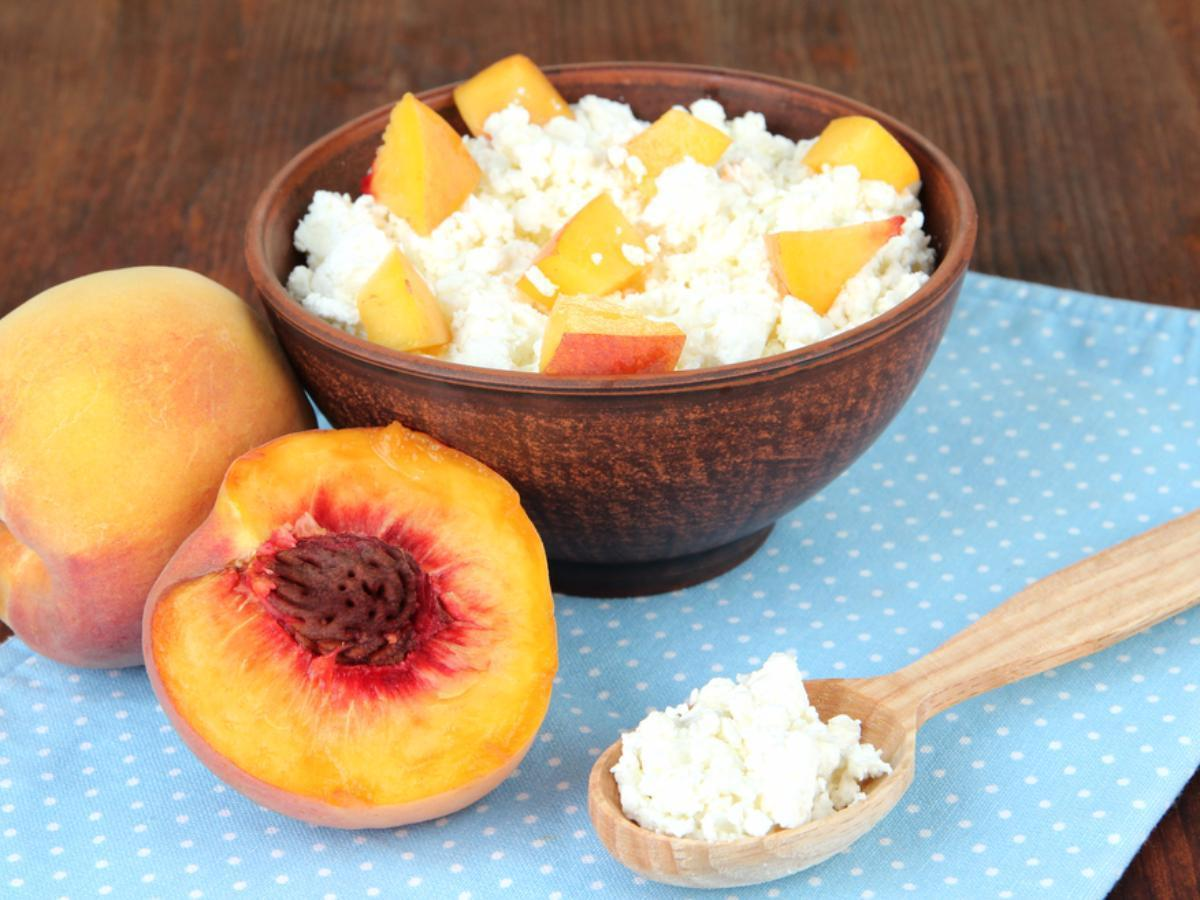 Cottage Cheese & Peaches Healthy Recipe