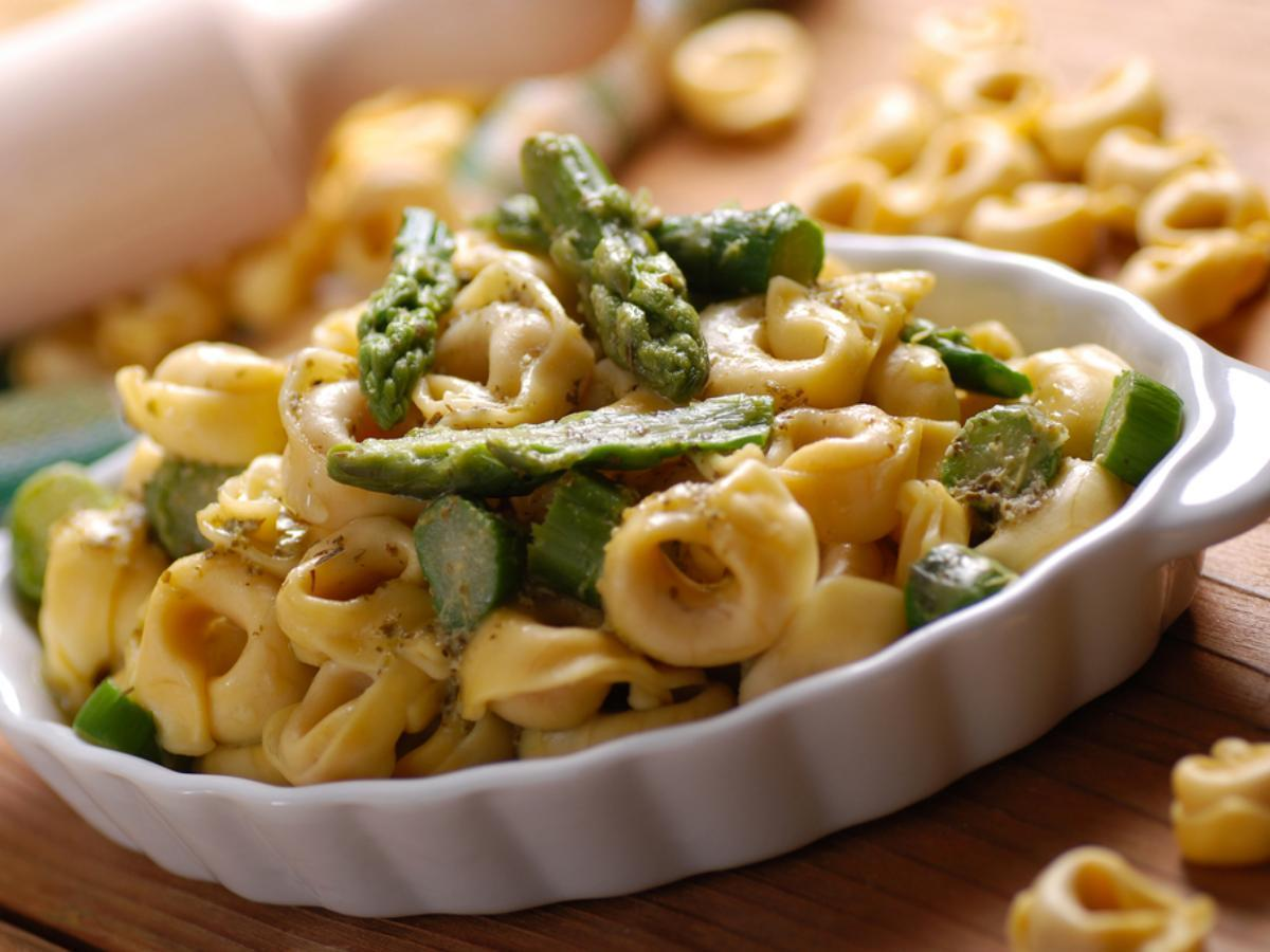Creamy Cheese Tortellini with Asparagus Healthy Recipe