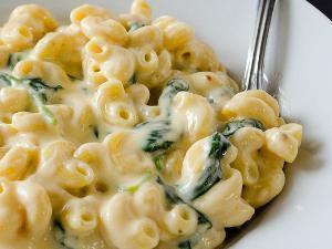 Creamy Greek Yogurt Mac and Cheese Healthy Recipe