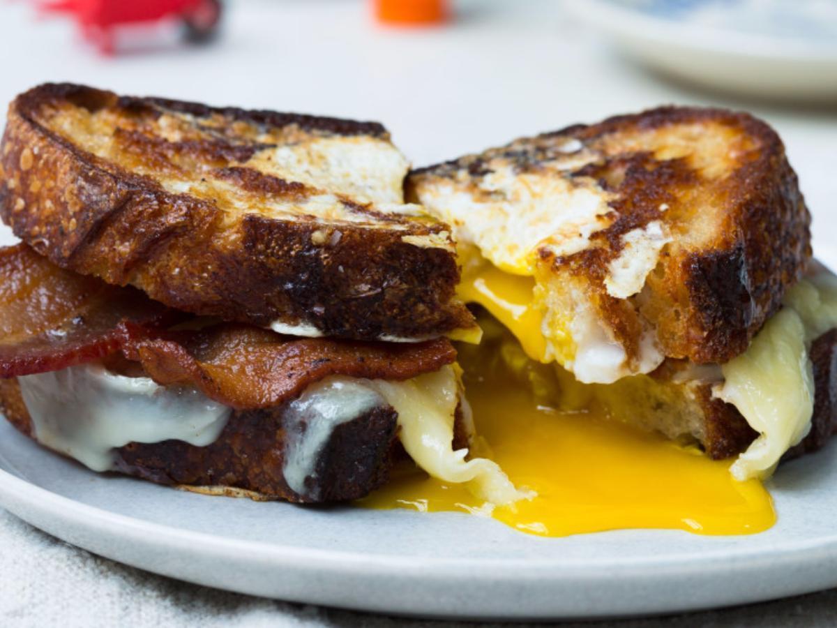 Egg-in-a-Hole Sandwich Healthy Recipe