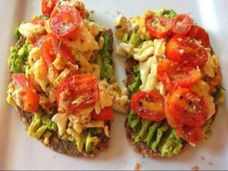 Egg White Avocado & Tomato Scramble Healthy Recipe