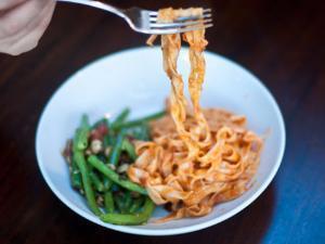 Fettuccine with Prosciutto, Tomatoes, and Cream Healthy Recipe