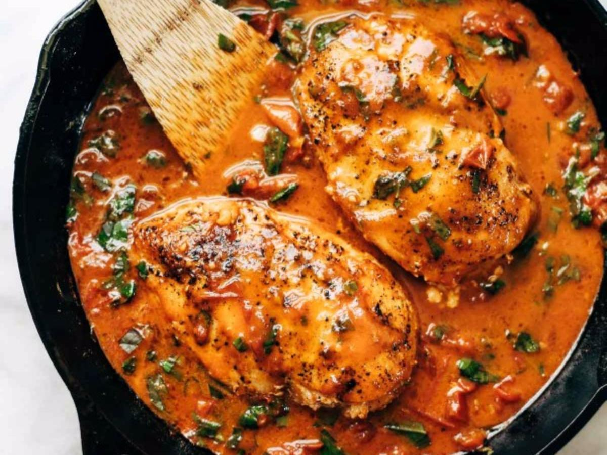 Garlic Basil Chicken with Tomato Butter Sauce Healthy Recipe