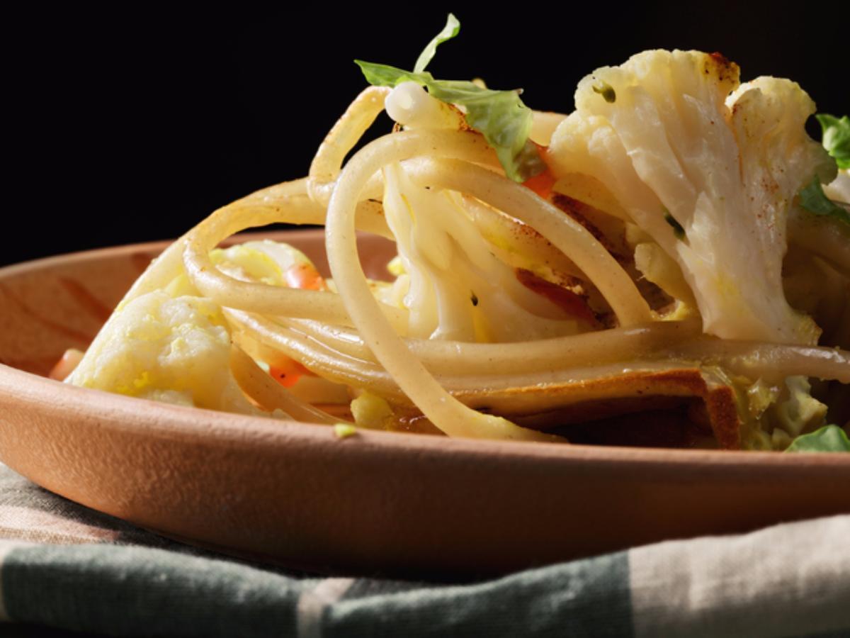 Garlic Chili Pasta with Cauliflower Healthy Recipe