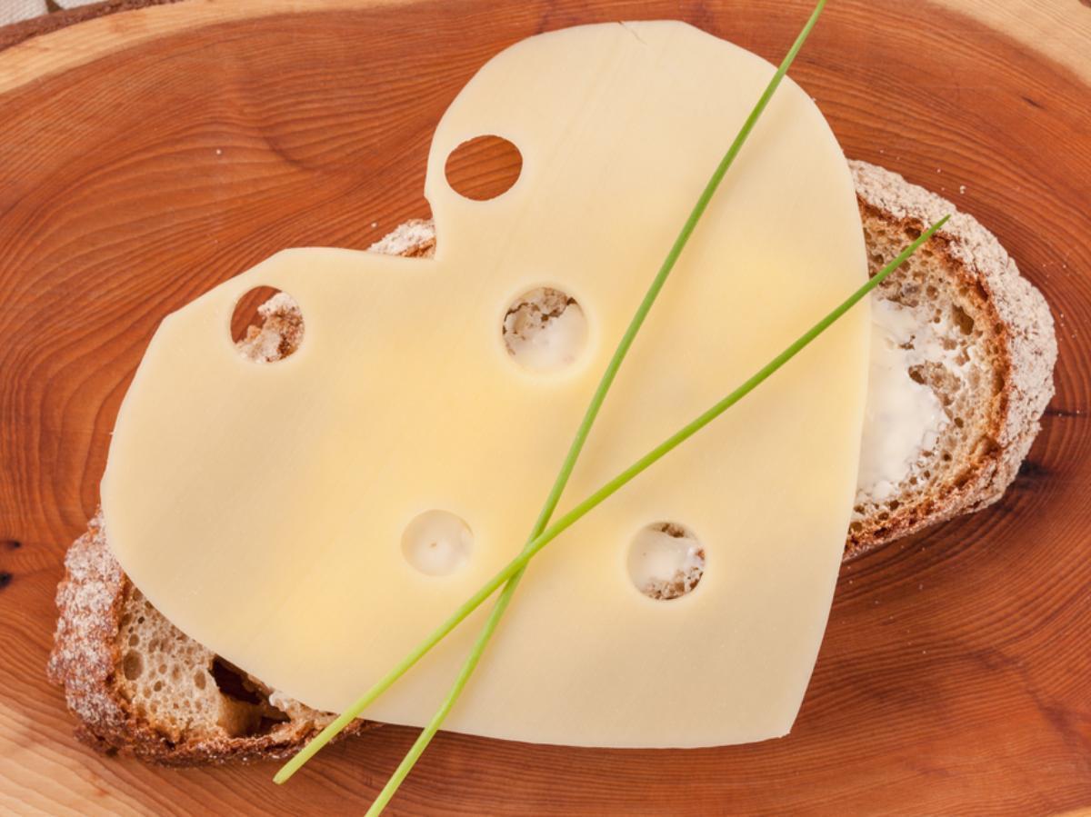 Gouda Cheese on Rye Sandwich Healthy Recipe