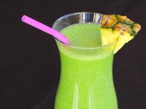 Green Pineapple Smoothie (Pina Colada Smoothie) Healthy Recipe