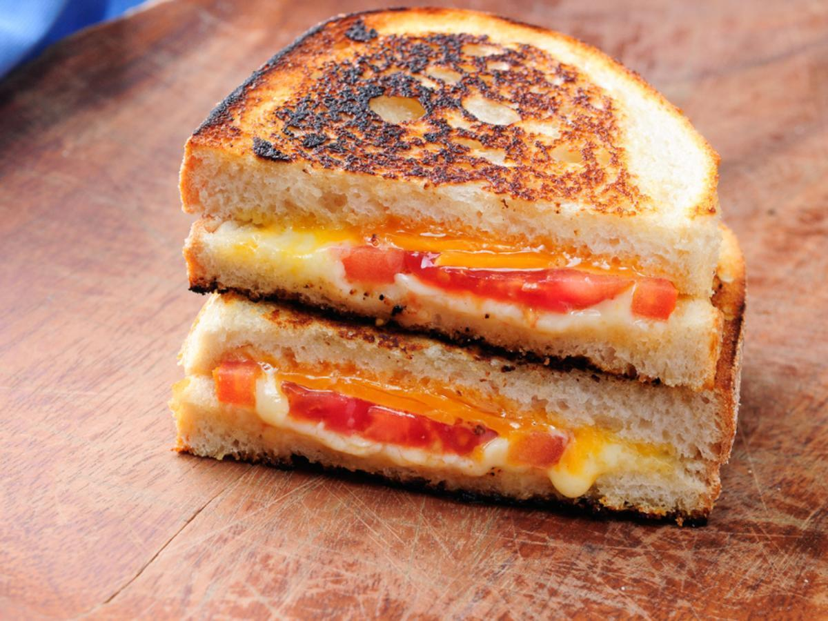 Grilled Cheese with Tomato, Peppers and Basil Healthy Recipe