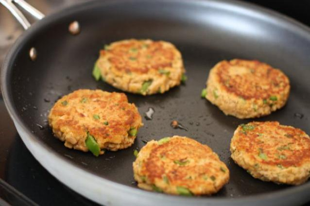 Grilled Salmon Cakes Healthy Recipe