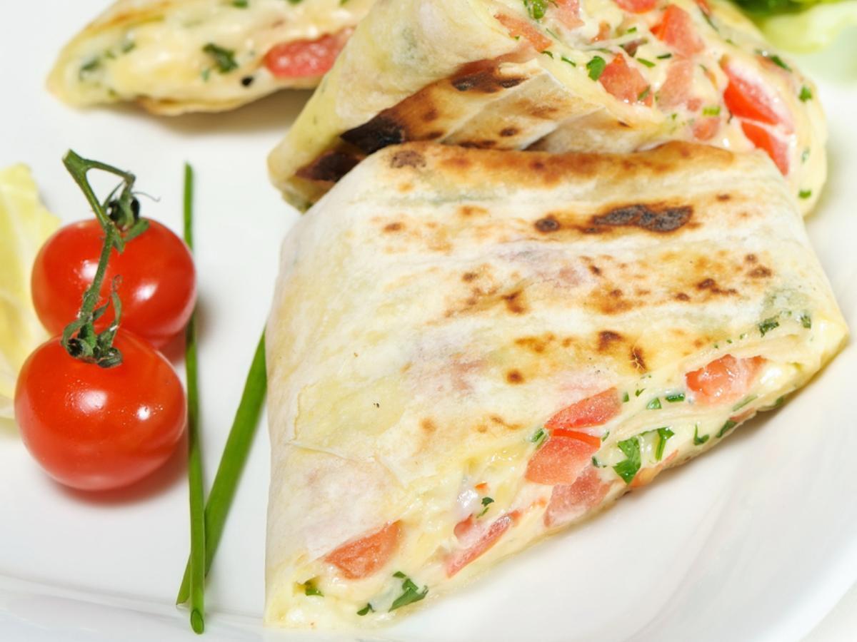 Hummus Pocket Sandwich Healthy Recipe
