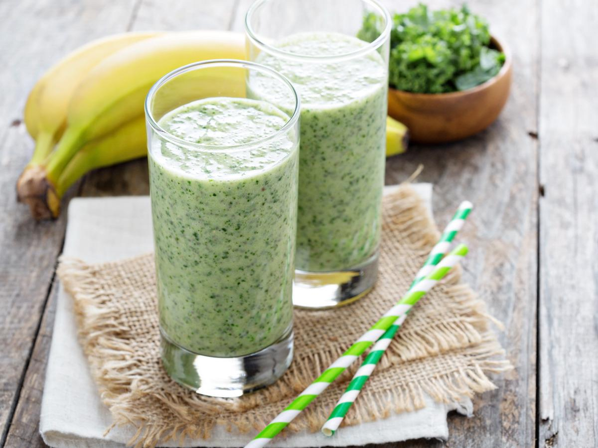 Mango, Kale and Blueberry Smoothie Healthy Recipe