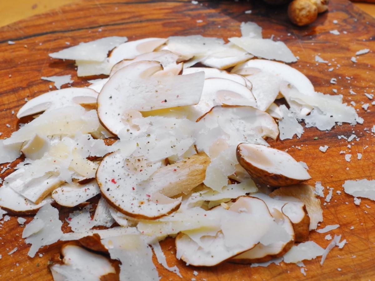 Mushroom Carpaccio with Pecorino Toscano Healthy Recipe