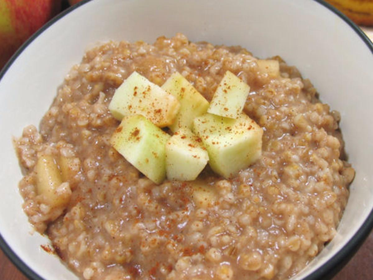 Oatmeal and Apples Healthy Recipe
