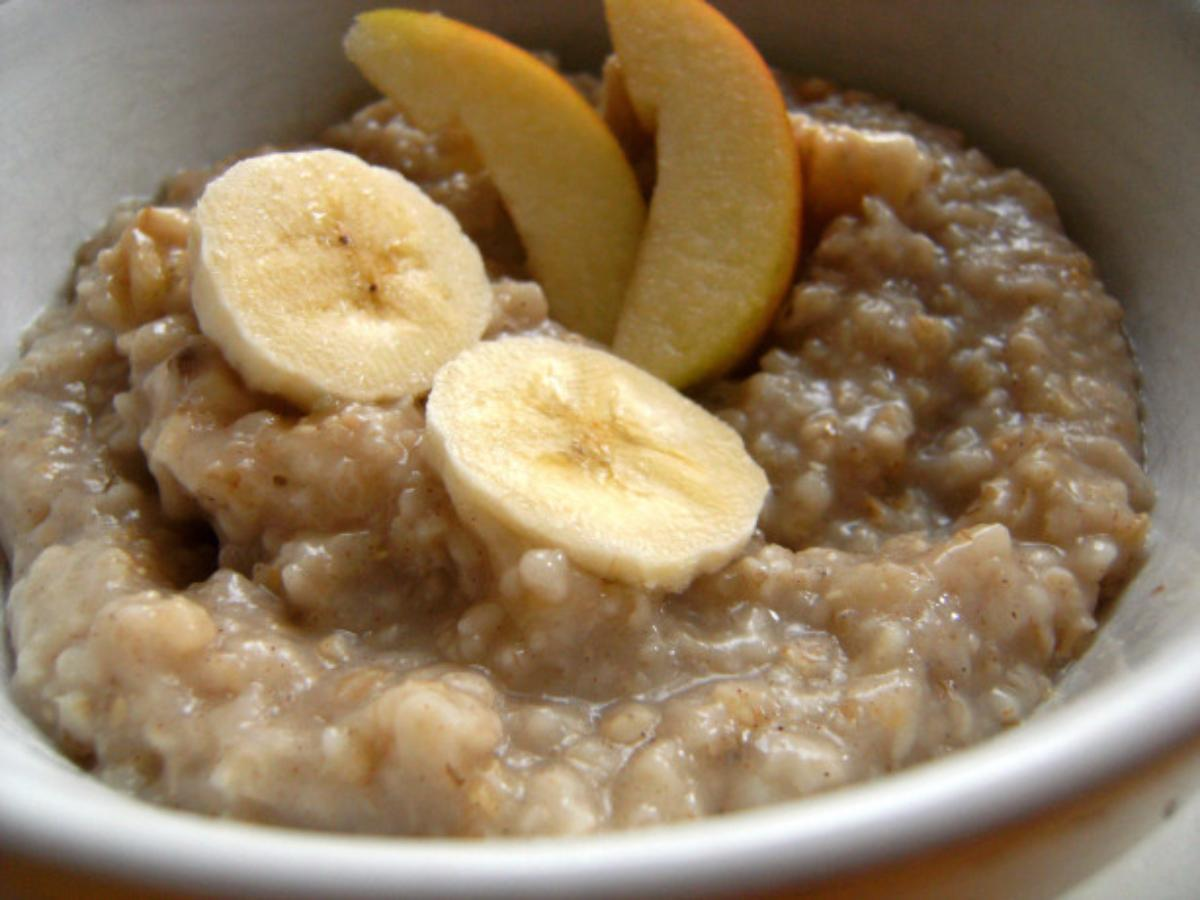 Oatmeal with Apple and Banana Healthy Recipe