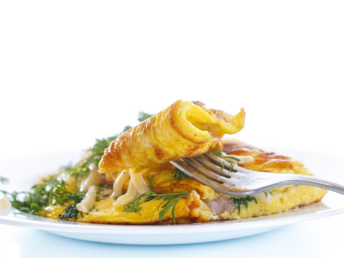 Omelette with goat cheese and bacon Healthy Recipe