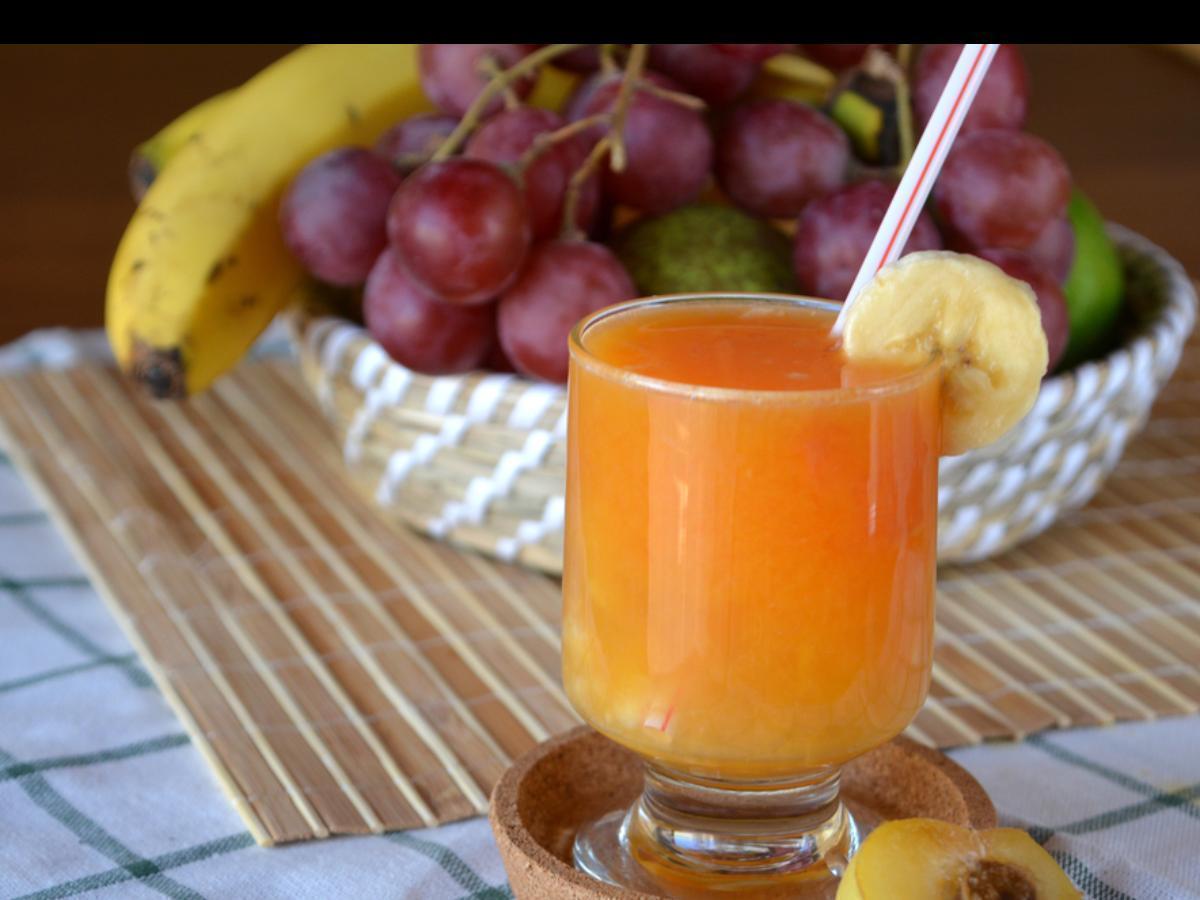 Orange, Banana, and Grape Smoothie Healthy Recipe