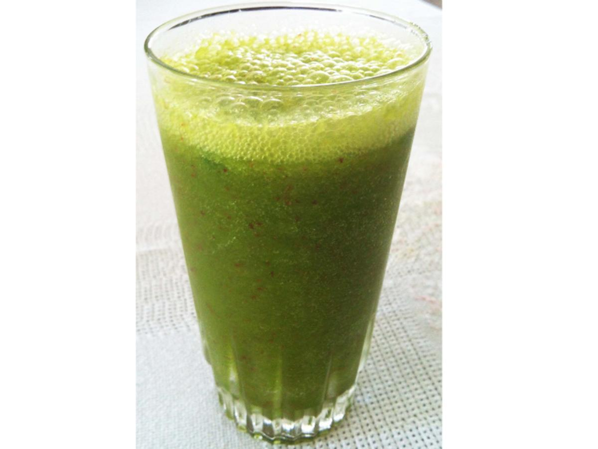 Orange, Carrot, and Ginger Green Juice Healthy Recipe