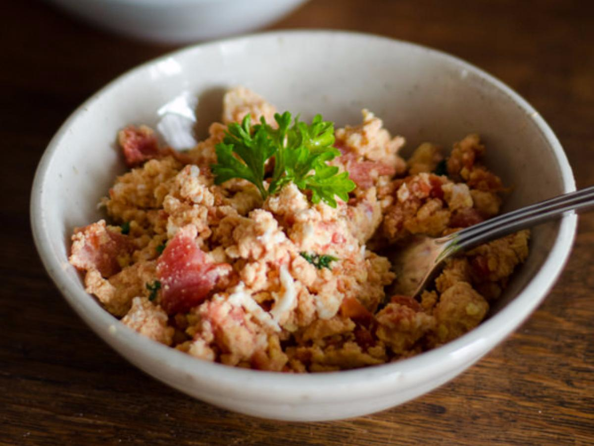 Paleo Tomato and Egg Scramble Healthy Recipe