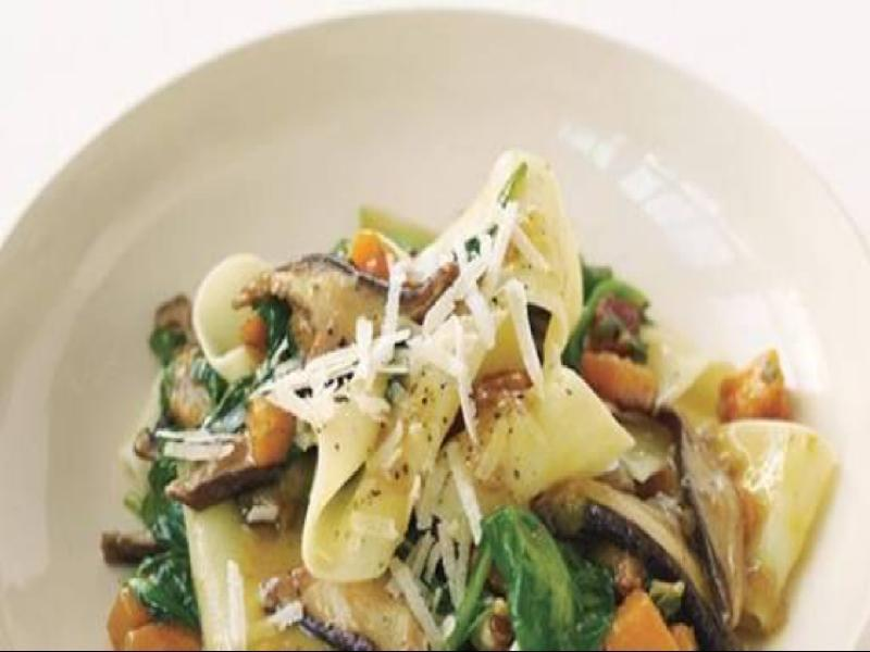 Pappardelle with Squash, Mushrooms, and Spinach Healthy Recipe