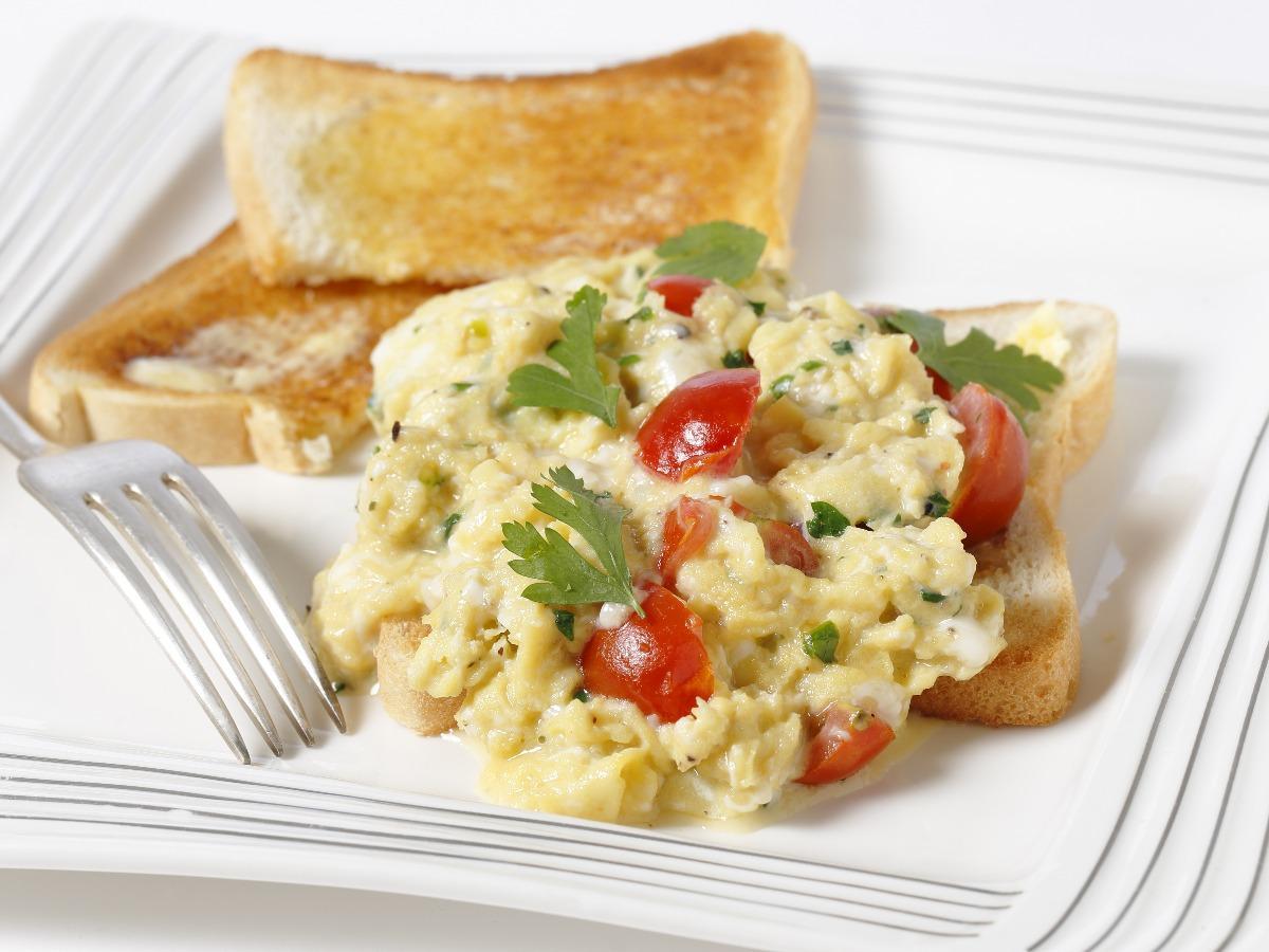Parsley and Tomato Scramble Healthy Recipe