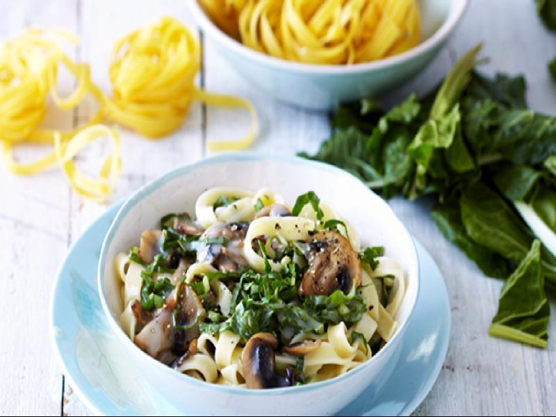 Pasta with Creamy Spinach and Mushroom Sauce Healthy Recipe
