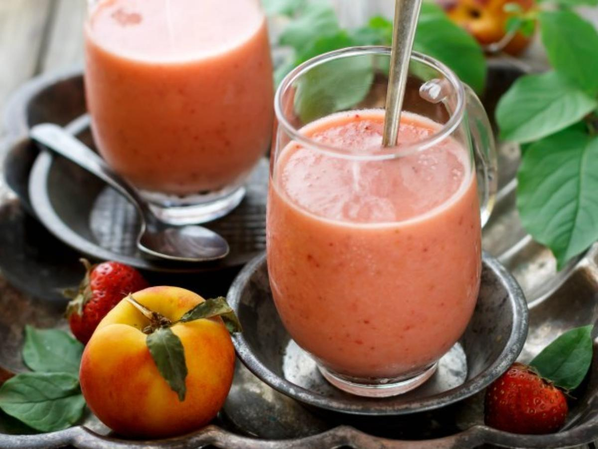 Peach and Strawberry Smoothie Healthy Recipe