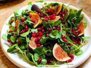 Pomegranate Salad with Figs & Pumpkin Seeds Healthy Recipe