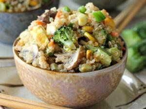 "Quinoa Veggie ""Fried Rice"" Healthy Recipe"