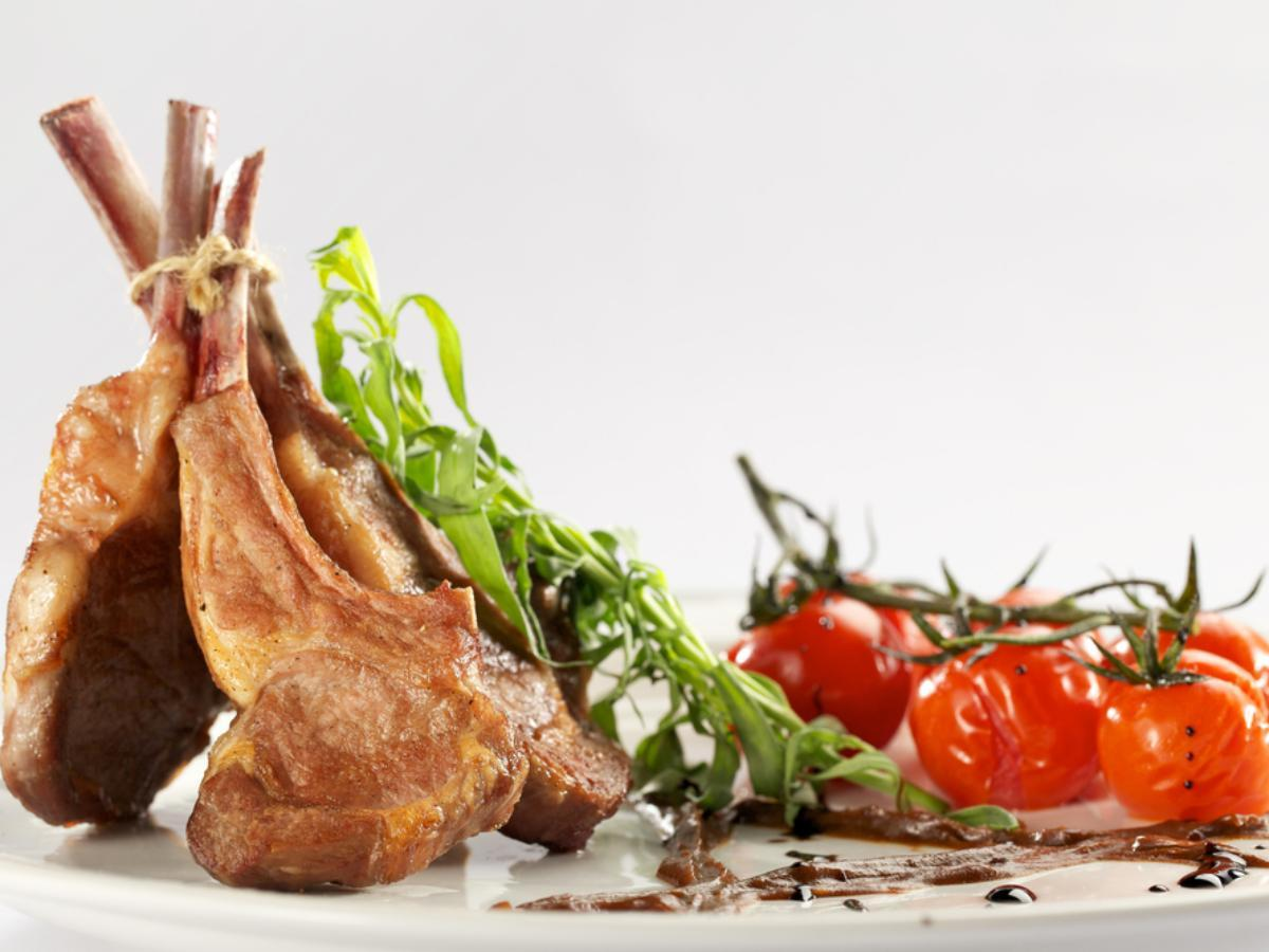Rack of Lamb and Cherry Tomatoes Healthy Recipe