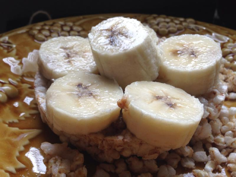 Rice Cakes with Banana & Almond Butter Healthy Recipe