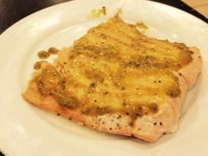 Salmon Glazed with Honey and Mustard Healthy Recipe