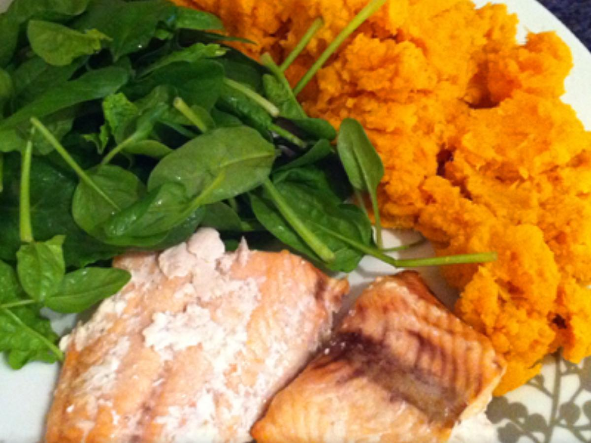 Salmon with Spinach and Sweet Potato Mash Healthy Recipe