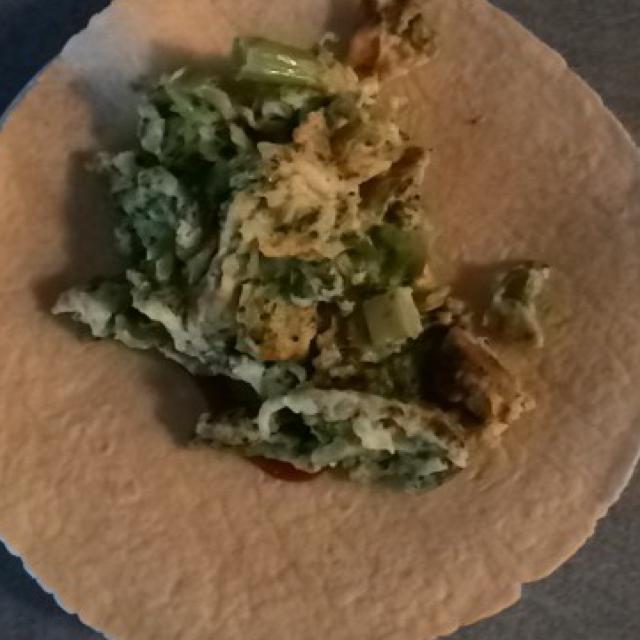 Scrambled Eggs and Broccoli Healthy Recipe
