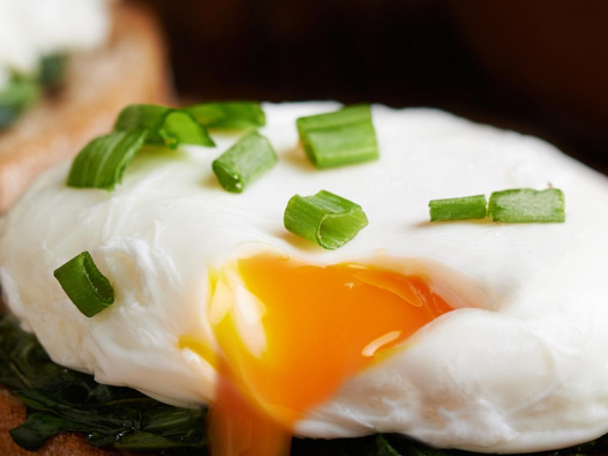 Seared Scallions with Poached Eggs Healthy Recipe