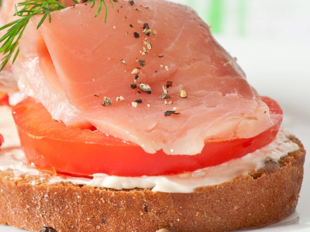 Smoked salmon and cottage sandwich Healthy Recipe