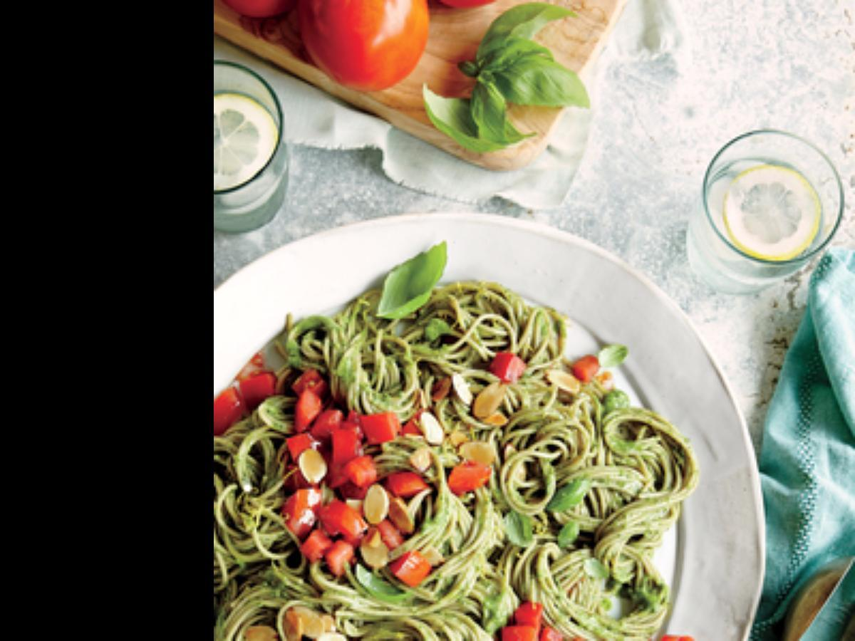 Spaghetti with Spinach-Avocado Sauce Healthy Recipe