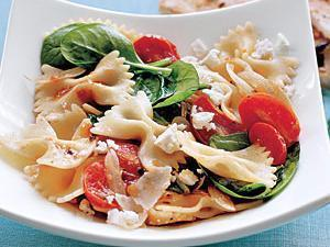 Spinach and Tomato Farfalle Healthy Recipe